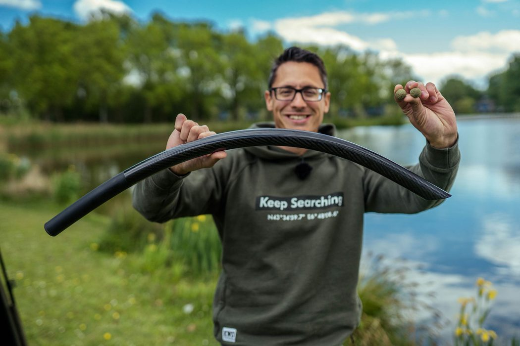 Pro Line introduceert de nieuwe Extreme Carbon Throwing Stick (+ 3 tips om 'm in te zetten)